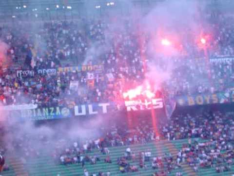 Milan San Siro – Juventus vs AC Milan vs Inter Milan 2004