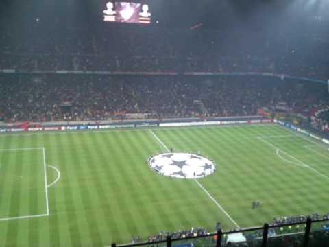 Milan A.C. vs Manchester United (2-3) Champions League 2010 Intro (Bazzo4x4 presente)