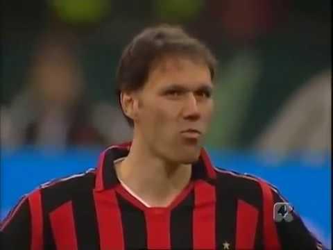 Goal di Marco Van Basten a 41 anni all'addio al calcio di Albertini nel 2006