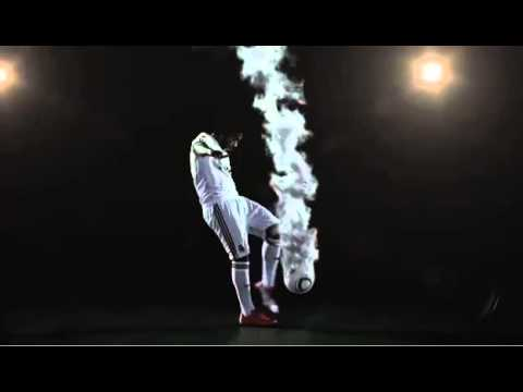 Cristiano and Man United players Commercial 2011 By STC