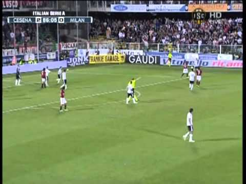 zlatan ibrahimovic missed penalty kick 2-0 cesena vs ac milan 9/11/10