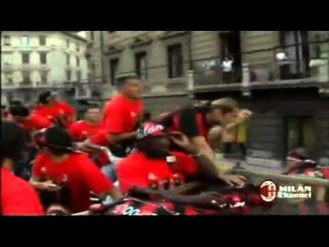 Milan Tour Bus after win champions league 2007 Part 2