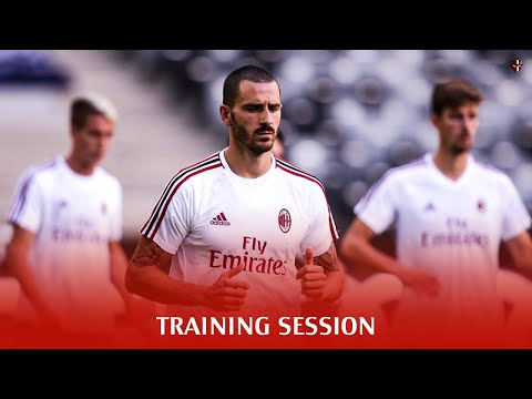 Full training session at San Siro • 2017-2018
